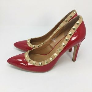 Cosmopolitan Womens Studded Pump Shoes Red 10 M
